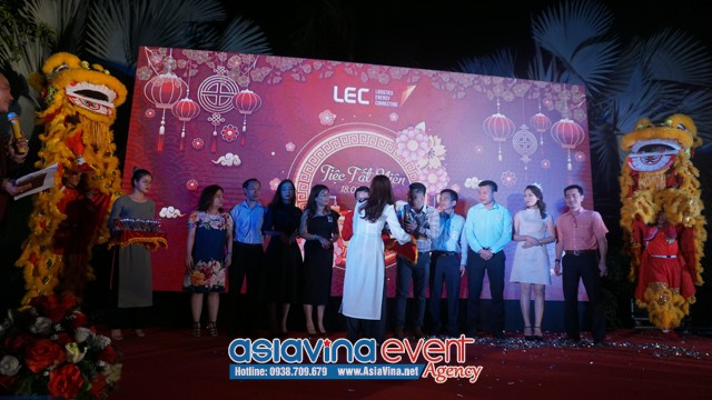 Tổ Chức Tiệc Tất Niên Công Ty LEC GROUP